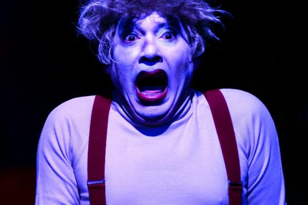"""O premiado """"Pessoas Perfeitas"""" volta ao cartaz, com mais três espetáculos produzidos pela Cia. de Teatro Os Satyros"""