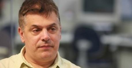 Diretor brasileiro faz história no teatro global: o feito de Rodolfo García Vázquez