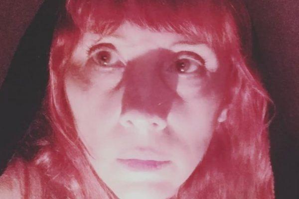 Nicole Puzzi estreia peça de teatro online com Os Satyros
