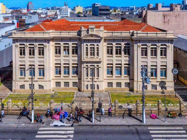 HISTÓRIA | Sede Brás da SP Escola de Teatro, projetado pelo arquiteto Manuel Sabater e inaugurada em 1911